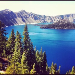 Oregon #nature #lake #water #tree #trees #oregon #state #sky #mountain #beautiful #crater #nationalpark #park #national #follow #like #instagram #instagood #ig #photooftheday (Taken with Instagram at Crater Lake National Park)
