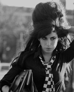amywinehousedream:  <3 i love this picture