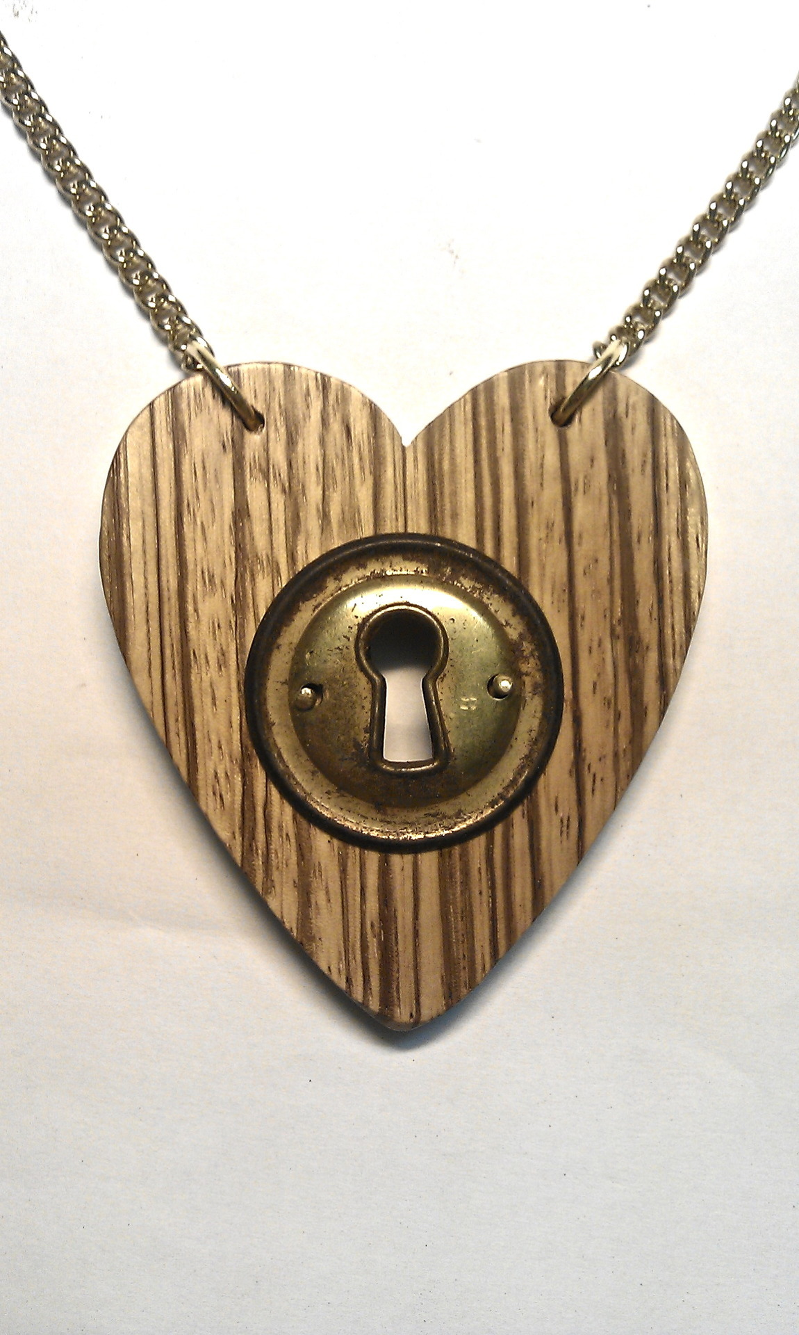 zebrawood heart necklace with a damn old rusty metal fitting 7,5cm x 6,5cm This is the only piece available! FOR SALEorder-> www.facebook.com/pavianplugsorganicspavianplugs@gmx.at