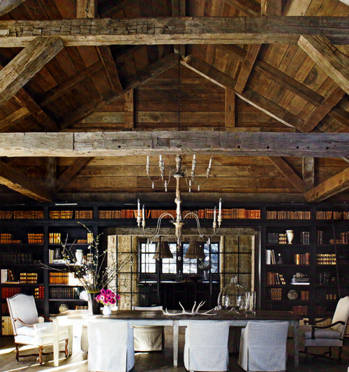 dyingofcute:  amazing library and beams, and the chandelier is just unreal