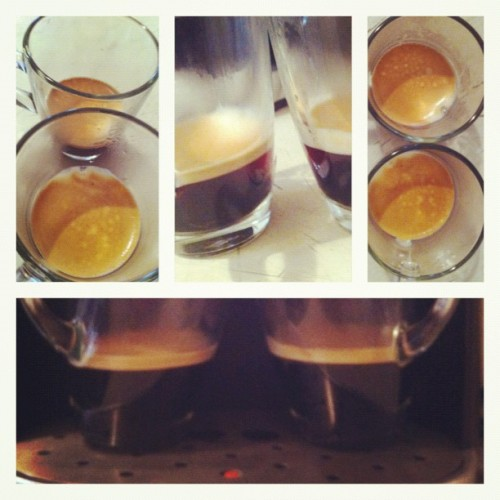 Perfecto para la lluvia #coffee #1shot2cups  (Tomada con Instagram)