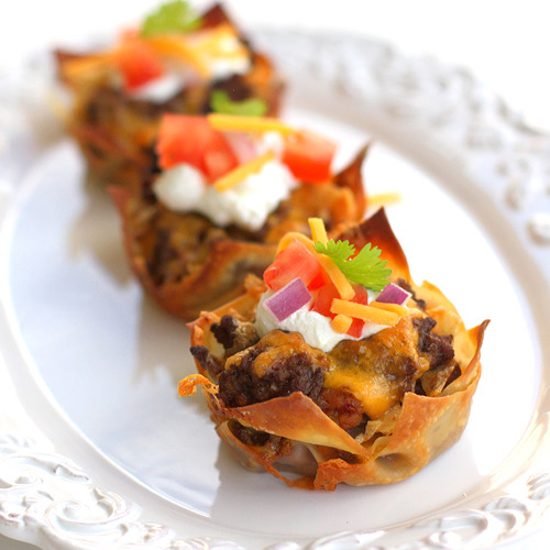 cheattowin:  It is insane how much I want to eat taco cupcakes.  Who wants to join in?