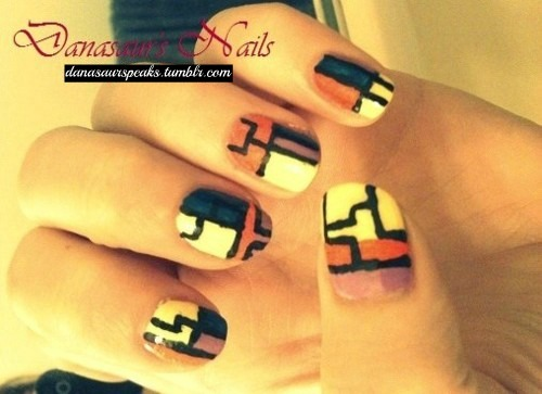danasaurspeaks:   Abstract Nails! (: