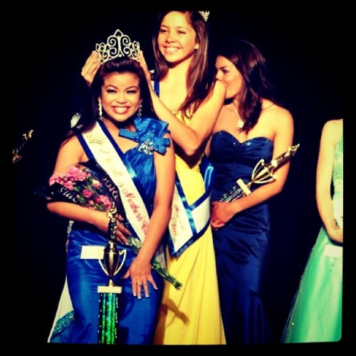 Today is my last day as Miss California 2011! I won't be able to give my farewell and crown the new Miss CA since I'm in LA :( (Taken with Instagram)