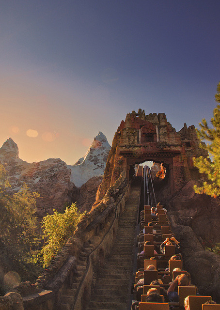 Expedition Everest - Disney's Animal Kingdom by Fab05 on Flickr.