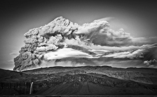 Eruption BW by DOGmundsson on Flickr.