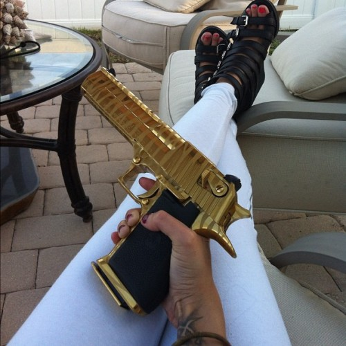 pantere:  here is my handy platinum gold gun I carry around you know just incase