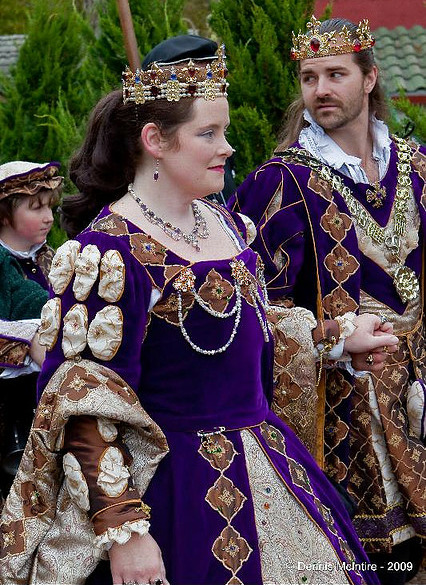 purple and brown renaissance king and queen http://www.flickr.com/photos/wileymac/4110325701/in/pool-1212688@N20/