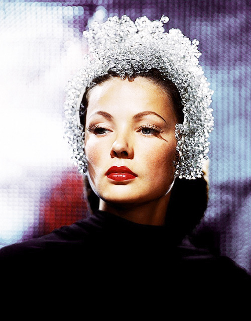 11/50 photos of Gene Tierney