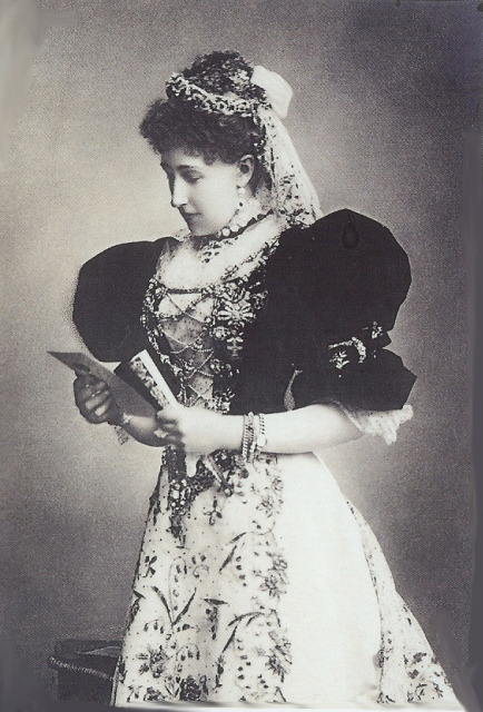lostprincesses:  Archduchess Stephanie of Belgium in Magyar style dress. I love this photo of her.