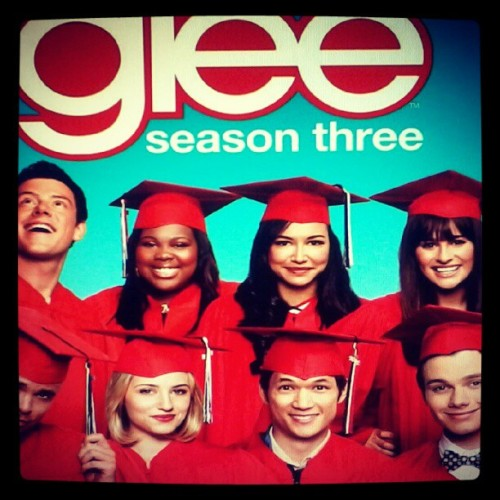#NowPlaying #Glee #TheGraduationAlbum #tv #tvshows #music (Publicado com o Instagram)