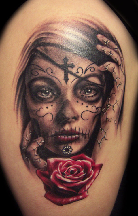 I don't normally just post tattoo pictures (minus women attached to them), but this one is REALLY well done.