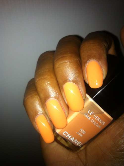 Chanel June Season Spring 2012 Shade Citrusy Peach Formula Creme Top Coat Seche