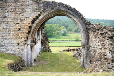 debbiebadillo:  kirkham priory (by simon collinson)