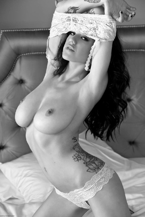 theropeview: Black & white heat http://theropeview.tumblr.com:  An archive of over 10,000 high quality pics Original Article, www.stockimg.org… The Arts of Nudity  …1  … 2 … 3 … 4 … 5 … 6 … 7 … 8 … 9 … 10