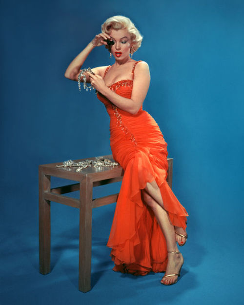 A promotional shot of Marilyn Monroe for Gentlemen Prefer Blondes by John Florea.