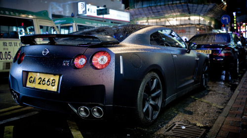 Nissan GT-R somewhere in Causeway Bay, Hong Kong (photo credit:  R-W-P / Rupert in HK)