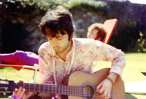 cosmofilius:  flentes:  Happy Birthday, Paul McCartney  Happy happy happy birthday, Paul!