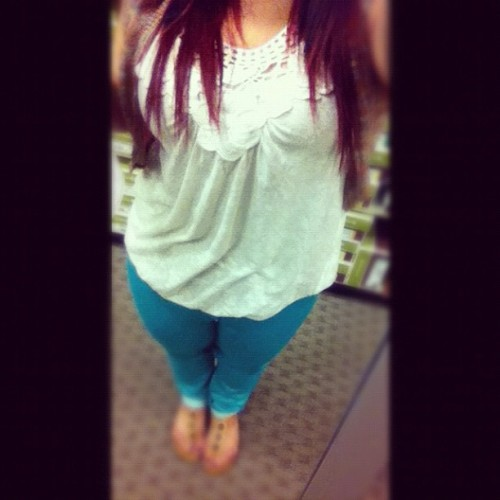 #OOTD #pasteljeans #outfitoftheday (Taken with Instagram)