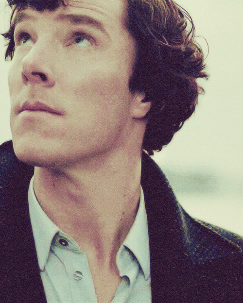 16/100 favourite pictures of Sherlock.