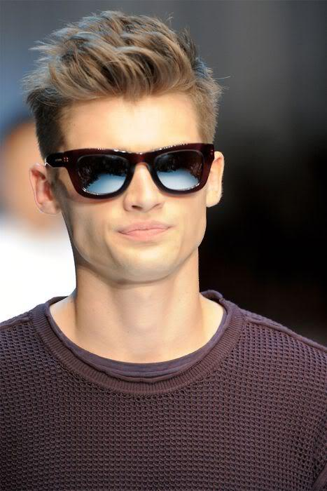 2012 Men's Hairstyles TrendsMORE HERE: http://riccardotisci.blogspot.ro/2012/06/2012-mens-hairstyles-trends-side-parts.html    Source: gentleman-forever   #hair #hairtyles #hairstyle #haircuts