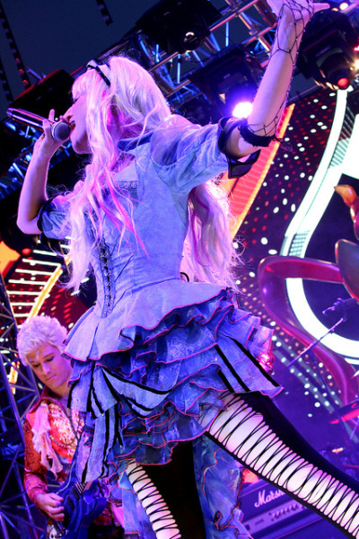 dizzymisslizzi:  Mad T Party - Alice on Flickr.