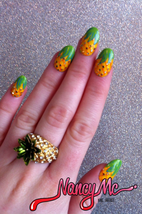 """Pineapple is the new black"" - For the Bestie xo"