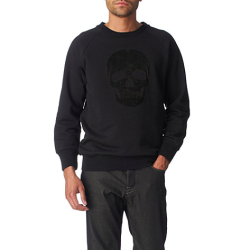 Oh my gosh I need this McQueen sweatshirt so badly!