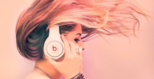 Headphones Girl Photography Wallpaper on We Heart It. http://weheartit.com/entry/26620246