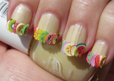 (via Marias Nail Art and Polish Blog)