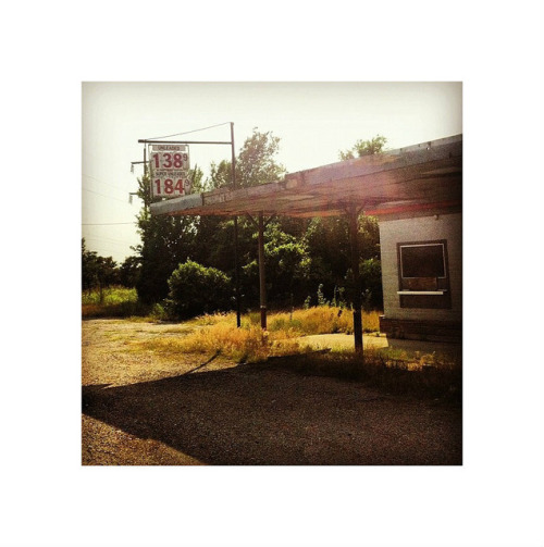 anthonywho:  An old abandoned gas station.