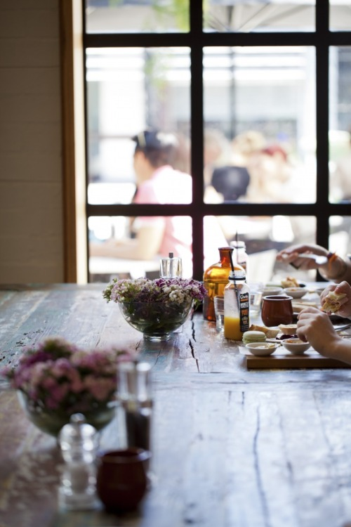 bella-illusione:  Chez Dre: Melbourne-chic patisserie & boulangerie converted from a large warehouse