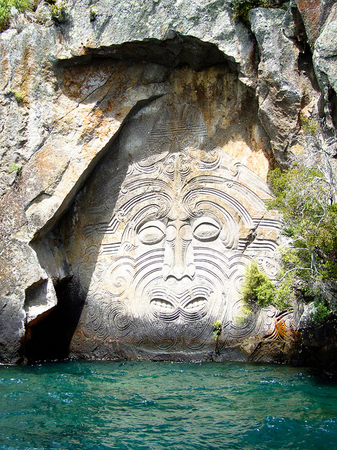 visitheworld:  Maori rock carvings at Mine Bay on Lake Taupo, New Zealand (by Abaconda).