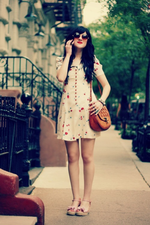 modcloth:  Bonnie's outfit is just perfect for a warm spring day! Can't get enough of floral dresses during the warmer months. (Via Flashes of Style) <3 Jess, ModStylist Need styling suggestions, trend tips, or dress details? Ask a ModStylist and your question might be featured on our feed!