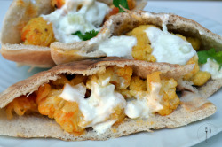 paperplatesblog:  Inspired recipe: Curried Cauliflower Pita Pockets Click through for recipe!