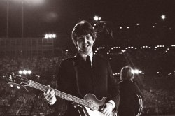 vanityfair:  Happy Birthday, Paul McCartney!  Photograph by Bob Bonis