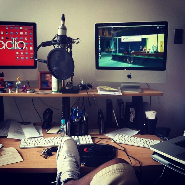 In the office. Heres a photo of my desk today. #Classbag #Creadio #MacLife (Taken with Instagram)