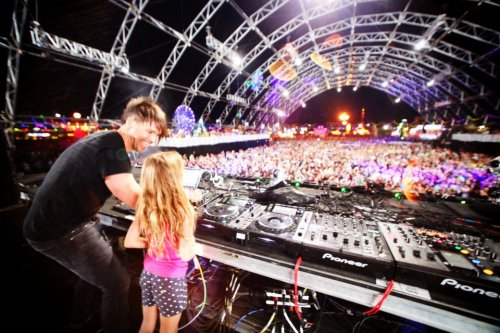 BT and his daughter… Incredible