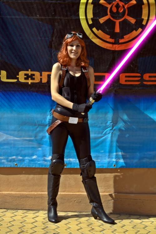 geekyloves:  My wife as Mara Jade Skywalker. Thanks for both submissions. For everyone else, Submit your Sexy Geek Pics here.