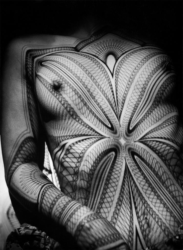 Belas! Werner Bischof (1916 - 1954). Nude. Breast with grid. 1941.