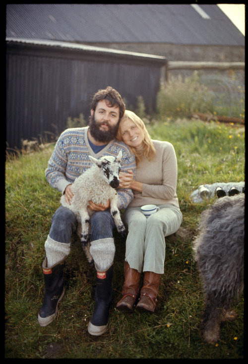 wellplaid:  Happy 70th Birthday, Mr. McCartney.