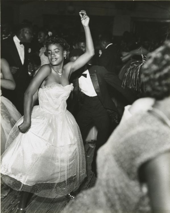 holdthisphoto:  Dancers at the Bon Temps Carnival Ball, New Orleans, 1953