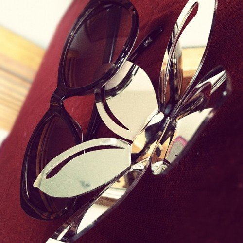 #FlowerMirrorThing #Sunglasses  (Taken with Instagram)