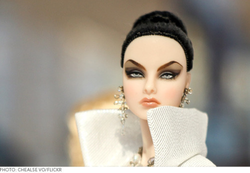 Have you guys heard of Jason Wu's Fashion Royalty Dolls? We're a little jealous of how awesome their makeup is.