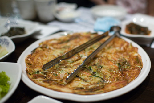 thatkoreanfood:  follow www.thatkoreanfood.tumblr.com for more!