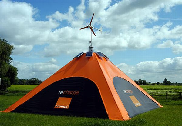 Orange REcharge Pod :The REcharge Pod by Orange will make good use of both wind and solar energy to keep your cell phone beeping always. The freestanding charging station can be erected at festivals and can be used to charge up to 100 phones at the same time in a clean and green manner. Orange REcharge Pod has a height of 7 meters and makes good use of renewable sources of energy at a large scale.