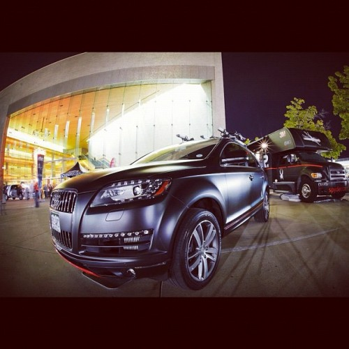 Spyder x @Audi collab photo #4/7. The matte black #Q7 strutting its stuff in front of the #LandYacht.  (Taken with Instagram)