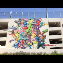 #kennyscharf #westhollywoodlibrary #mural #streetart #hollywood #contemporaryart #faces #color (Taken with Instagram)