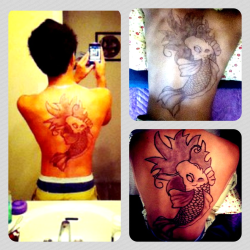 Drew a koi fish on my cousins back. Took a long time but it came out real nice~^^