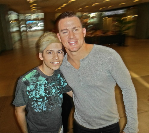 ME AND CHANNING TATUM MOTHER FUCKRS! <3 <3 <3 HES SO GORGEOUS!!